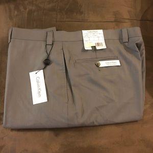 Calvin Klein NWT Grey Flat Front Pants 38x32